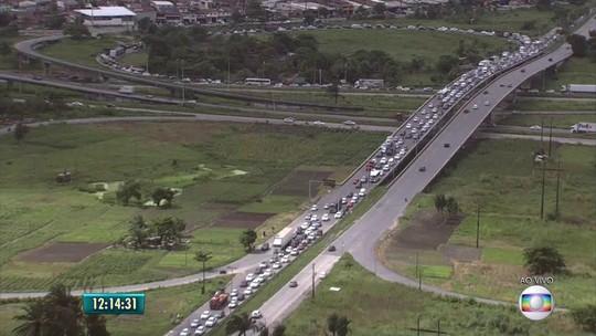 Vias que levam ao interior de PE têm tráfego intenso na véspera de São João
