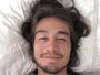 Tiago Iorc posta foto com cara de sono e faz resumo da semana