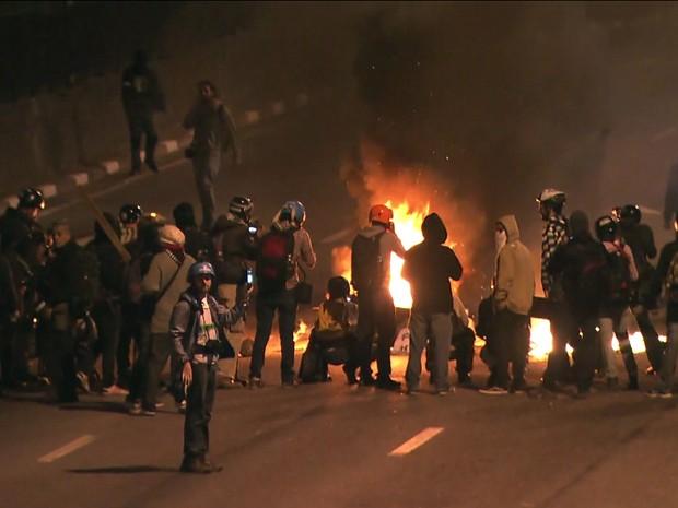frame protesto em são paulo marginal (Foto: Reprodução/Globonews)