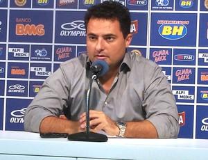Alexandre Mattos, diretor de futebol do Cruzeiro (Foto: Marco Antonio Astoni)