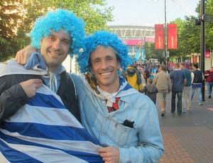 Ignacio Rodriguez (esquerda) torcedor uruguaio (Foto: Cahê Mota / Globoesporte.com)