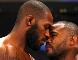 Jon Jones e Rashad Evans, UFC (Foto: Getty Images)