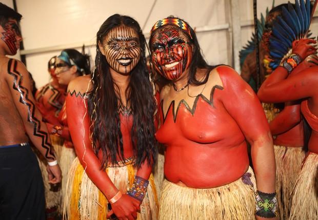 Índias no SPFW (Foto: Iwi Onodera/ EGO)