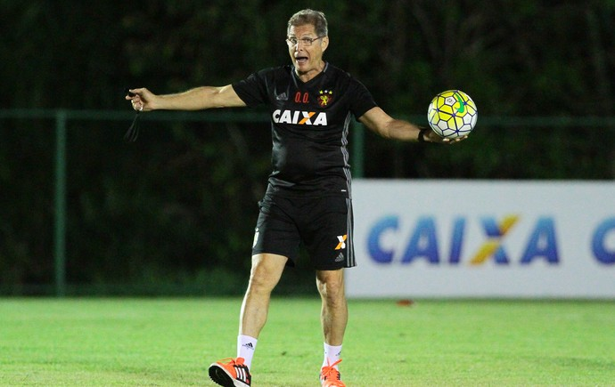 Oswaldo de Oliveira Sport (Foto: Marlon Costa/Pernambuco Press)