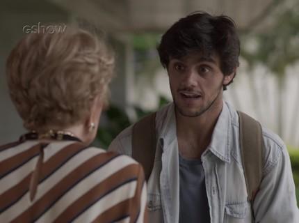 Teaser 1/1: Eliza se anima com visita de Jonatas