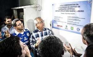 Governador inaugura iluminação artificial do Sabino Ribeiro (Foto: Filippe Araújo / FSF)