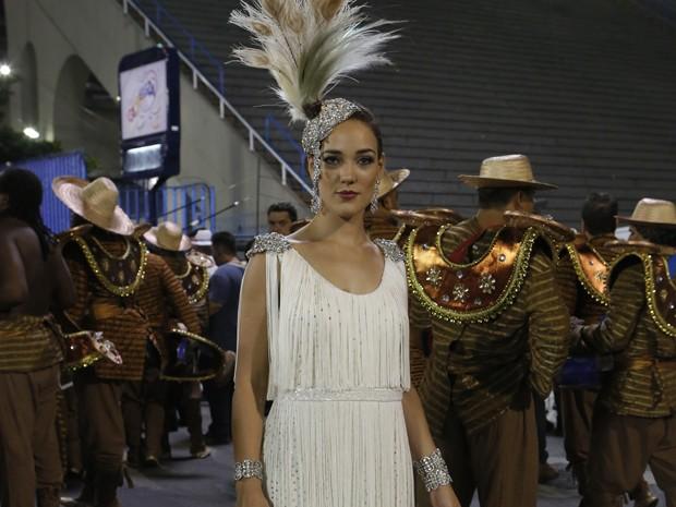 Adriana Birolli mostra fantasia luxuosa de Amanda (Foto: Felipe Monteiro/Gshow)