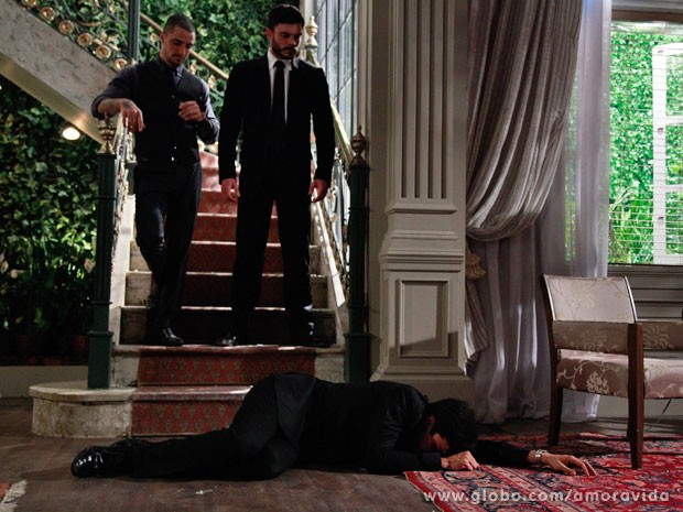 Félix acaba humilhado (Foto: Ellen Soares/ TV Globo)