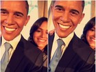 Bruna Marquezine visita museu de cera e posa com estátua de Obama