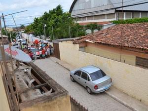 Homem é assassinado em Oitizeiro, em João Pessoa  (Foto: Walter Paparazzo/G1)