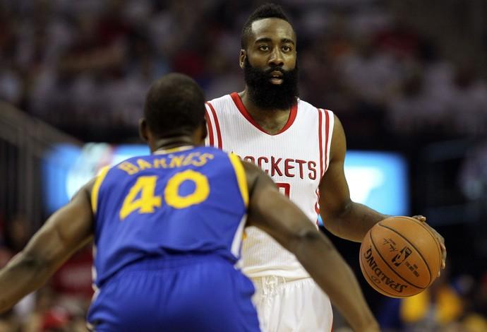 basquete nba Harrisson Barnes e James Harden (Foto: Reuters)