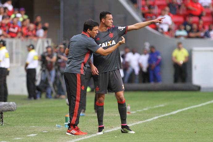 zé ricardo e réver (Foto: Gilvan Souza - Divulgação, Flamengo)