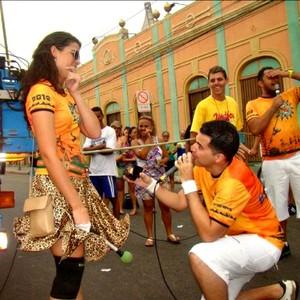 Folião pede namorada em casamento no pré-carnaval  (Arquivo Pessoal)
