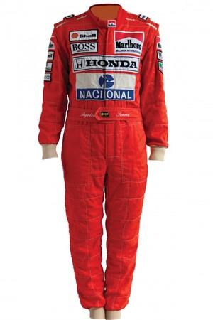 Macacão de Ayrton Senna já pertenceu à coleção particular de Ron Dennis (Foto: Divulgação )