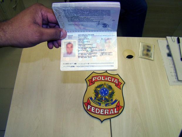 Passaporte do italiano foi apreendido pela Polícia Federal no RN (Foto: Divulgação/PF)
