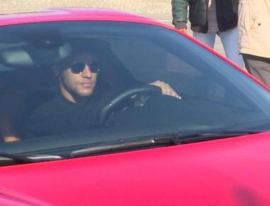 Neymar volta a treinar no Barcelona (Foto: Ivan Raupp)