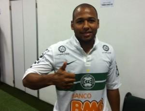Sergio Manoel é apresentado no Coritiba (Foto: Gabriel Hamilko/Globoesporte.com)
