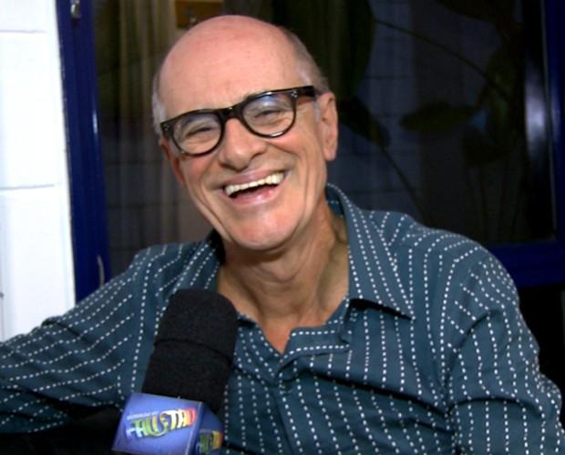 Marcos Caruso revela que está curtindo o 'momento solteirice' (Foto: Domingão do Faustão / TV Globo)