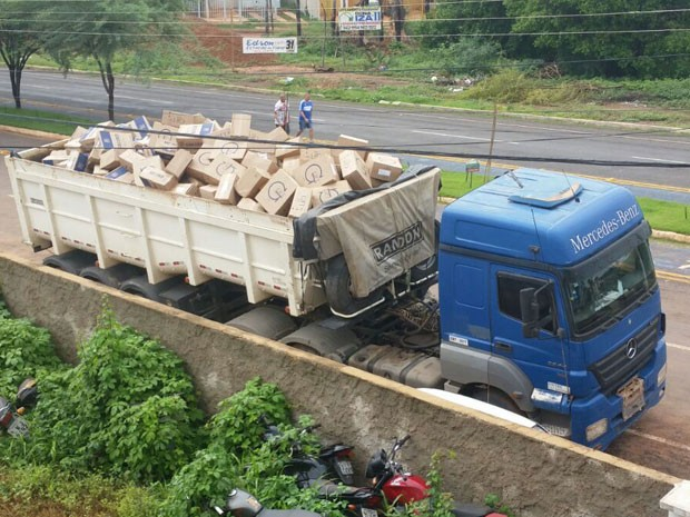 PRF desmonta quadrilha e apreende carga avaliada em cerca de R$ 2 milhões no Piauí (Foto: Polícia Rodoviária Federal)