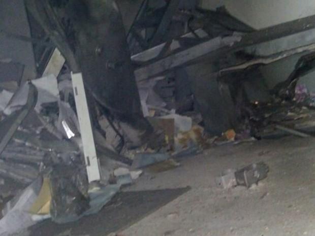 Explosão agência de Buíque (Foto: Divulgação/Polícia Militar)