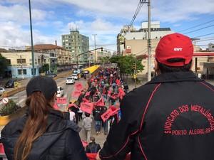 CUT e MST realizam protesto em Porto Alegre  (Foto: Mauricio Tonetto/Agência RBS)
