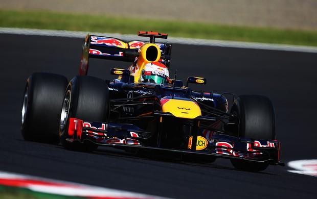 Sebastian Vettel superou o companheiro Mark Webber e fez o melhor tempo (Foto: Getty Images)