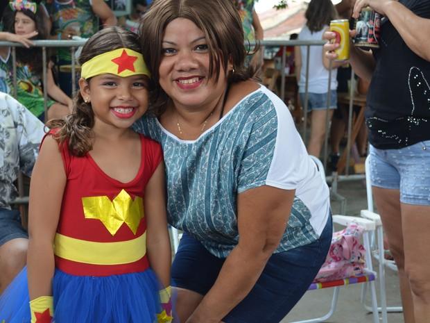 Cineide e a filha Ingridi na Banda do Vai Quem Quer em Porto Velho  (Foto: Sara Cicera/G1)