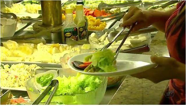 Cada cor de alimento traz um benefício para a saúde  (Foto: Reprodução EPTV)