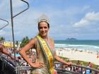 Carla Prata reina em desfile da Banda da Barra no Rio