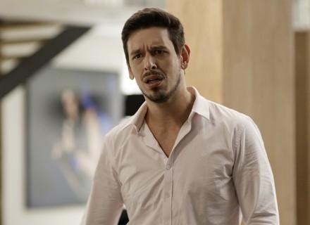 Léo decide romper contrato com Lázaro após condenação do empresário
