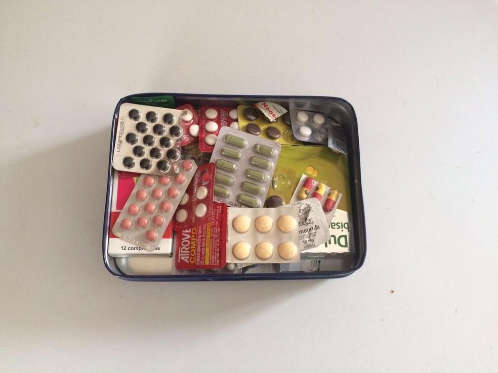 Organizações de saúde pedem que medicamentos envelhecidos não sejam consumidos  (Foto: Thais Kaniak/ G1)
