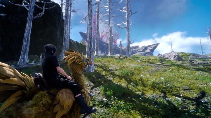 O mundo aberto de Final Fantasy 15 pode ser explorado com o carro Regalia, as aves chocobo ou até a pé pelo príncipe Noctis (Foto: Reprodução/VG247)