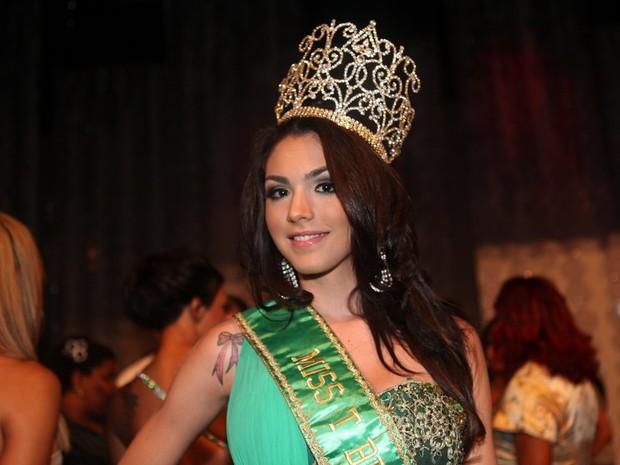Marcela Ohio é a vencedora do Miss T Brasil 2012 (Foto: Rodrigo Gorosito\G1)