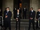 Doze seguranças guardam porta de igreja para casamento de Preta Gil