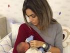 Kelly Key, grávida, posa com Salvatore, filho de Antônia Fontenelle