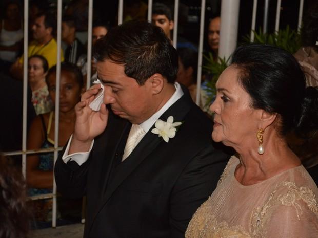 Acompanhado da mãe, Xand se casa em Fortaleza, no Ceará (Foto: Felipe Souto Maior/ Ag. News)