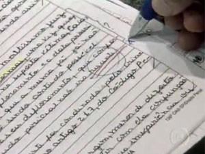 Especialistas recomendam não deixar questões em branco (Foto: TV Globo/Reprodução)