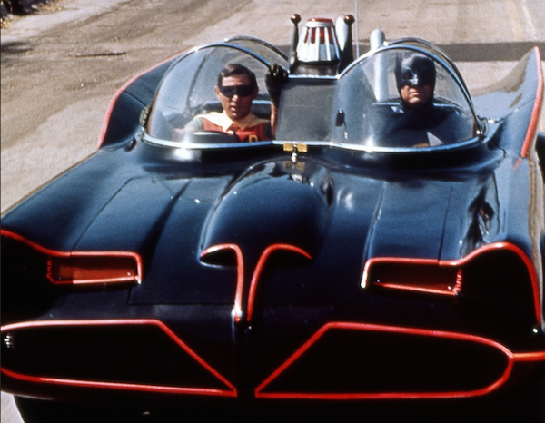 O batmóvel da série de TV clássica do Batman (Foto: Reprodução)