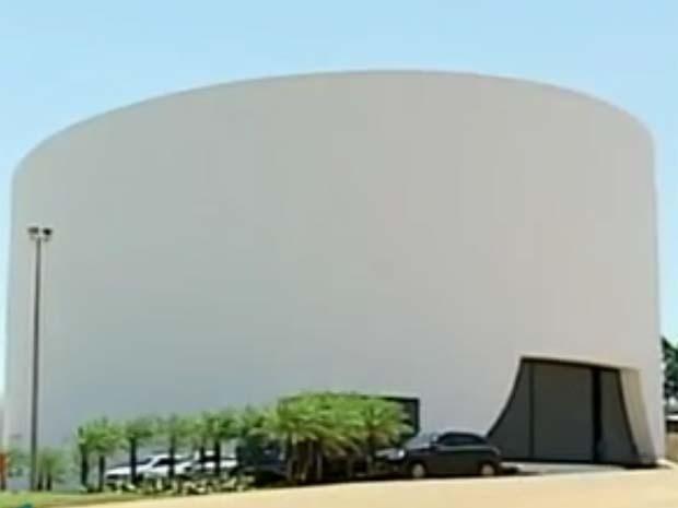 Fachada do Teatro Municipal de Uberlândia (Foto: Reprodução / TV Integração)