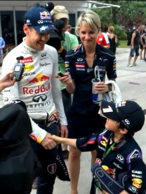 Kota encontra Sebastian Vettel na Malásia (Foto: Arquivo Pessoal)