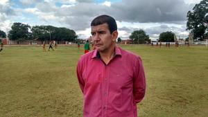 Pedrinho Maradona, técnico do Comercial (Foto: Hélder Rafael)