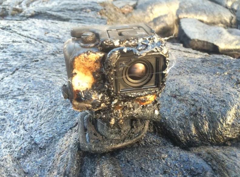 A GoPro destruída pela lava (Foto: Erik Storm)