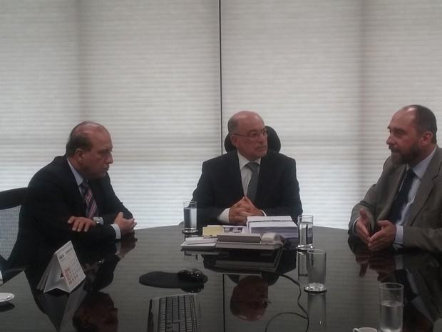 Novas explicações sobre contas do governo em 2014 foram entregues nesta sexta-feira (11) ao TCU (Foto: Debora Cruz/G1)