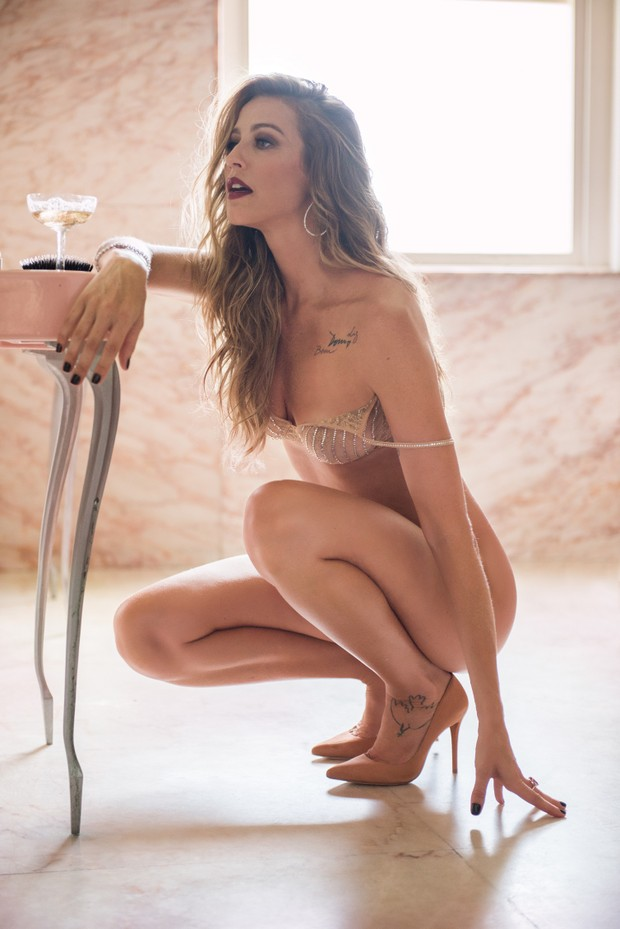 Foto do ensaio de Luana Piovani para a Playboy (Foto: Divulgação/Christian Gaul)