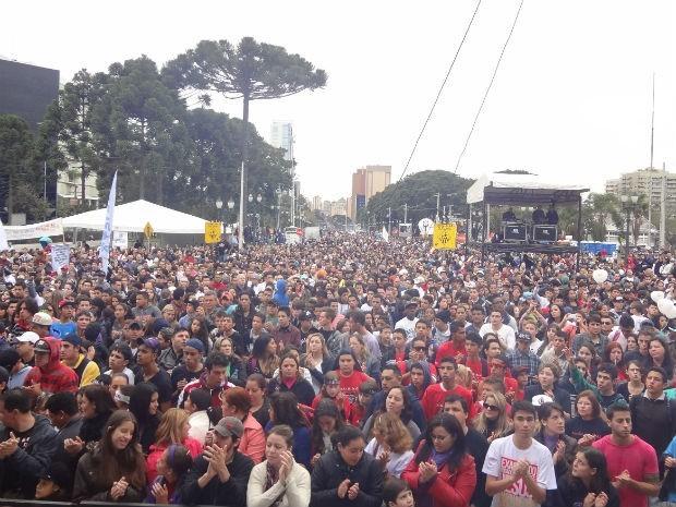 Marcha para Jesus deve reunir mais de 200 mil evangélicos na capital paranaense (Foto: Adriana Justi / G1)