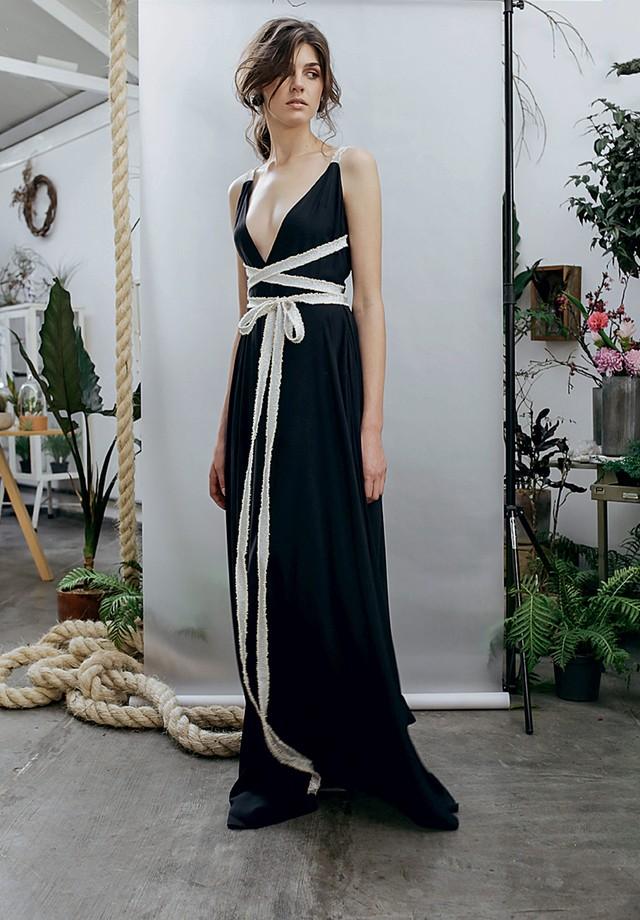 Vestido (R$ 1.550) Luisa Farani, à venda na pop-up store da marca no Shopping Iguatemi, em Brasília (Foto: Divulgação)