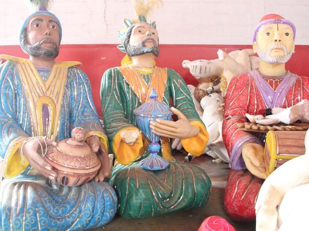 Outras alegorias, como do 'Natal Encantando' também são feitas pela escola (Foto: Jéssica Balbino / G1)