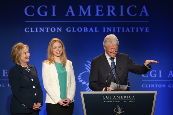 Hillary, Chelsea e Bill Clinton (Foto: Getty Images)