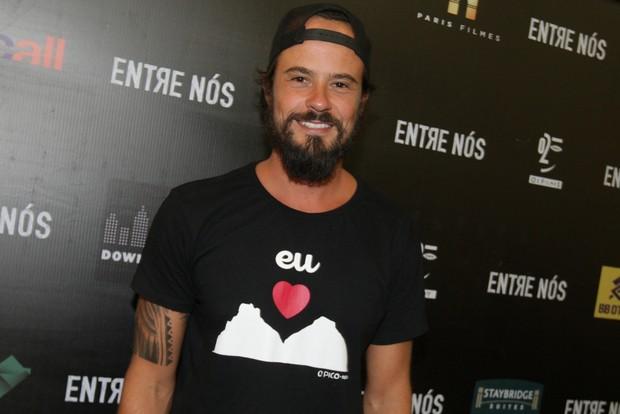 Paulo Vilhena na coletiva de imprensa do filme Entre Nós (Foto: Leo Franco / AgNews)