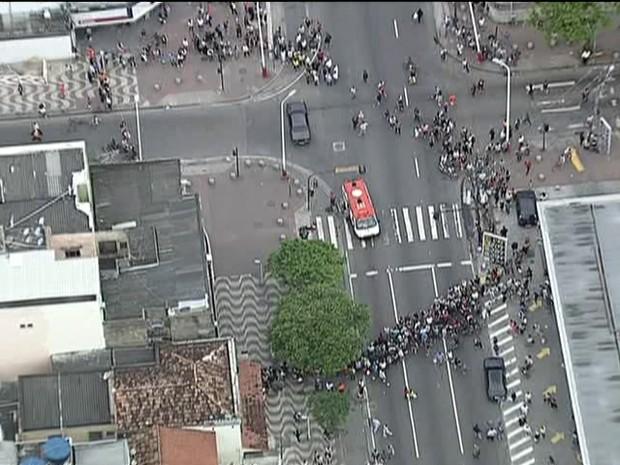 Tiroteio em Bangu (GloboNews)  (Foto: Reprodução Globo News)